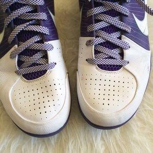 the latest a5172 48bc0 Nike Shoes - Men s Nike Kobe IV (4) TB White Varsity Purple